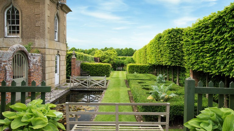 Tips for constructing the best landscape type for your garden